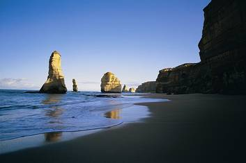 Great Ocean Road and Grampians Two Day Tour (Melbourne return)
